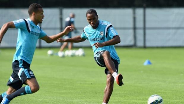 Drogba celebra volta ao Chelsea: 'Foi uma decisão fácil'