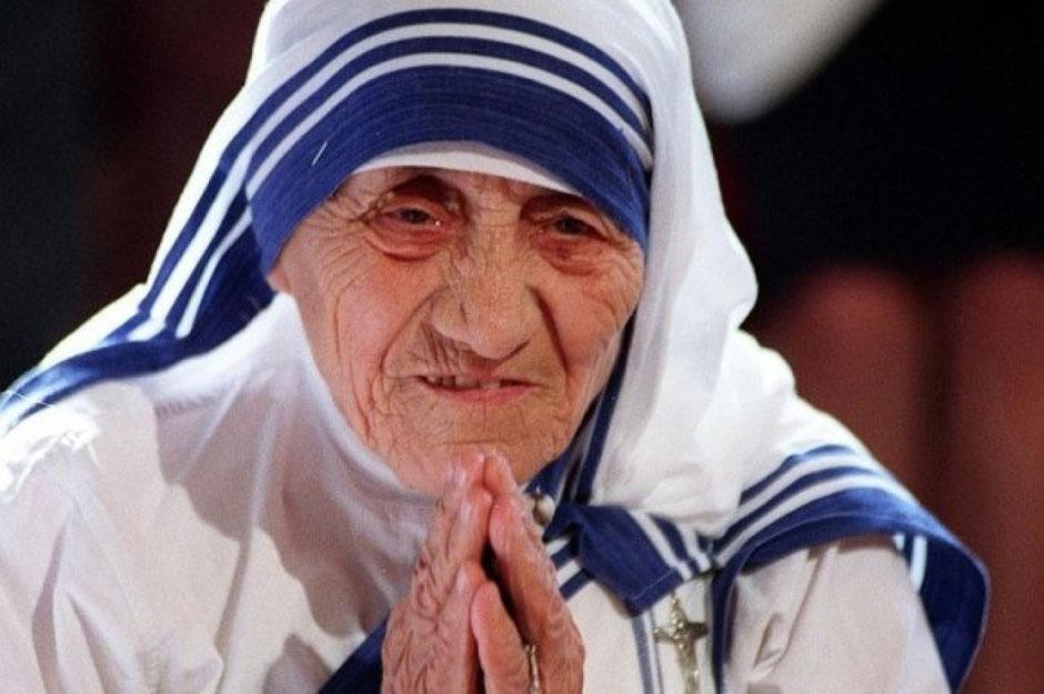 Madre Teresa é canonizada pelo Papa Francisco
