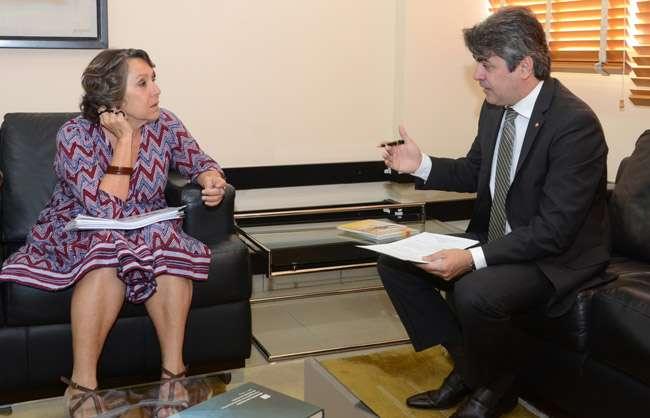 Deputada pede investigação de tortura em clínica de Luziânia