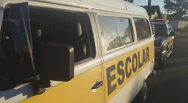 Condutor de veículo escolar é preso por colocar em risco a segurança de seis crianças
