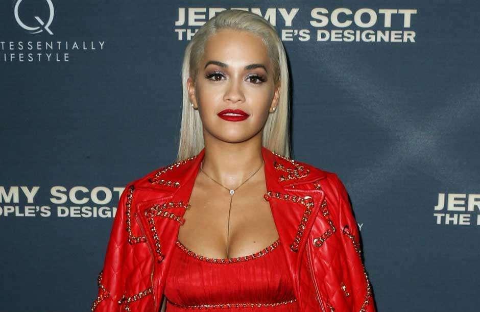 Rita Ora rebate alegações de que teve caso com Jay Z