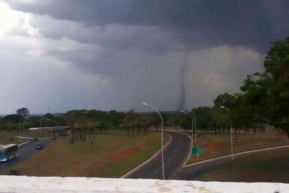 Meteorologia avalia possibilidade de tornados em Goiás