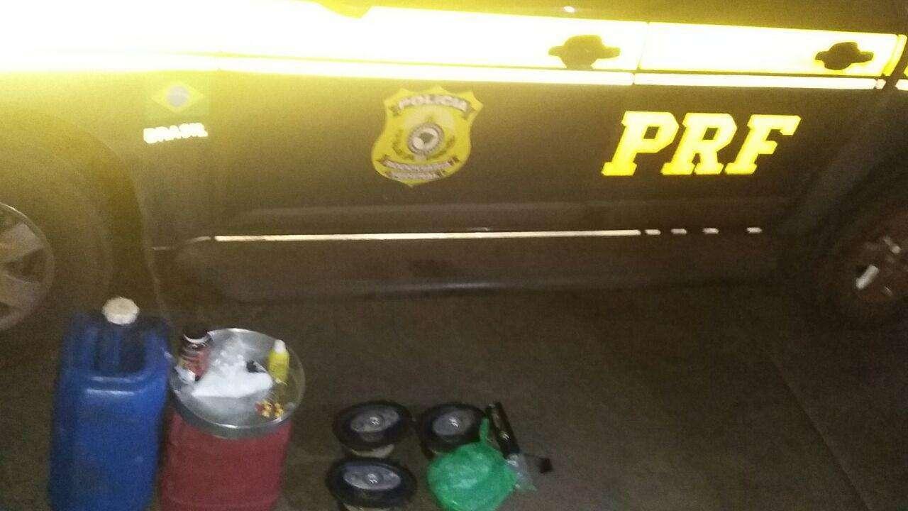 Seis homens são presos na BR-060 por suspeita de furto de combustível e tráfico de drogas