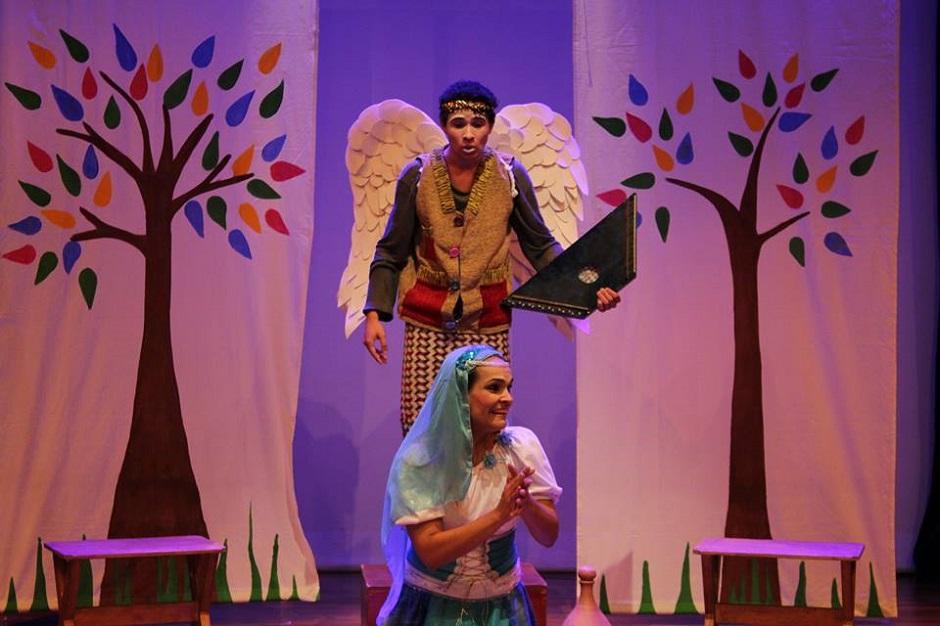 Parábola Cia de Teatro encena O Misterioso Nascimento do Rei