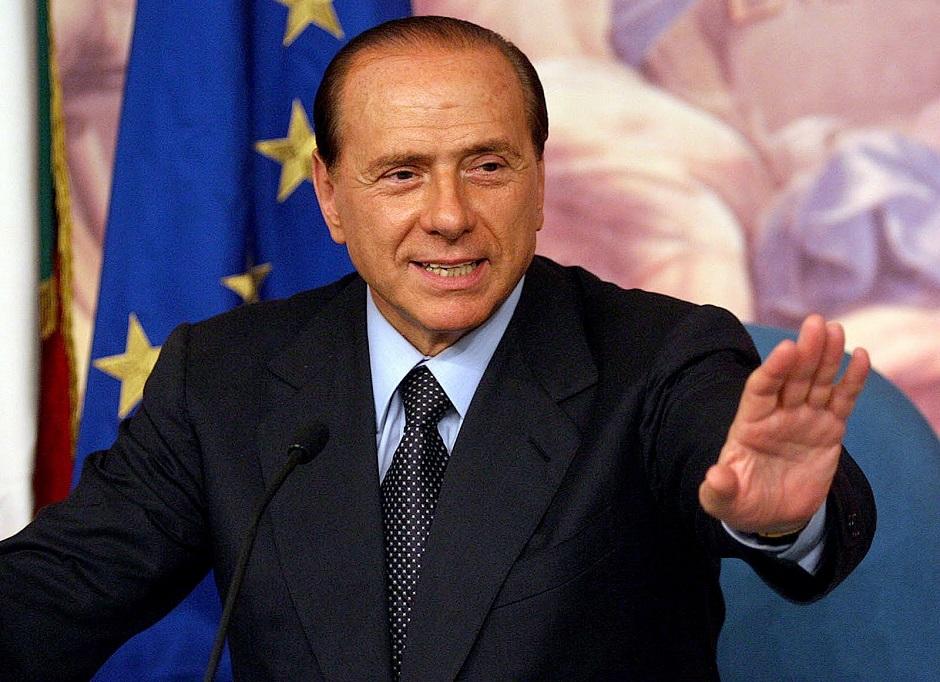Berlusconi será julgado por corrupção na Itália