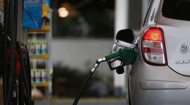 Governo aumenta porcentagem de álcool na gasolina