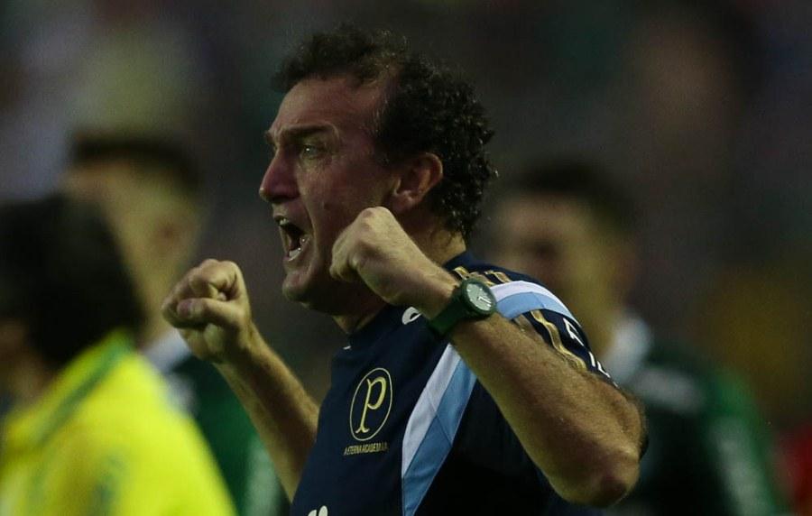 Cuca comemora rodada perfeita para o Palmeiras, mas pede calma aos jogadores