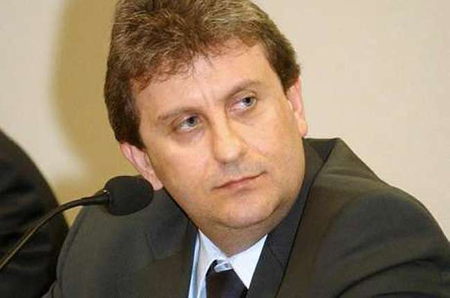 PT recebeu propina na porta do diretório em SP, diz Youssef