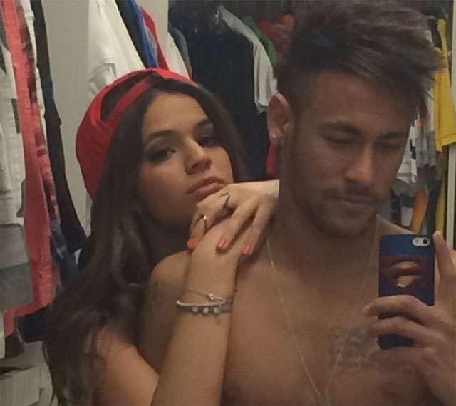 """""""Ficha ainda não caiu"""", diz Bruna Marquezine sobre Neymar"""