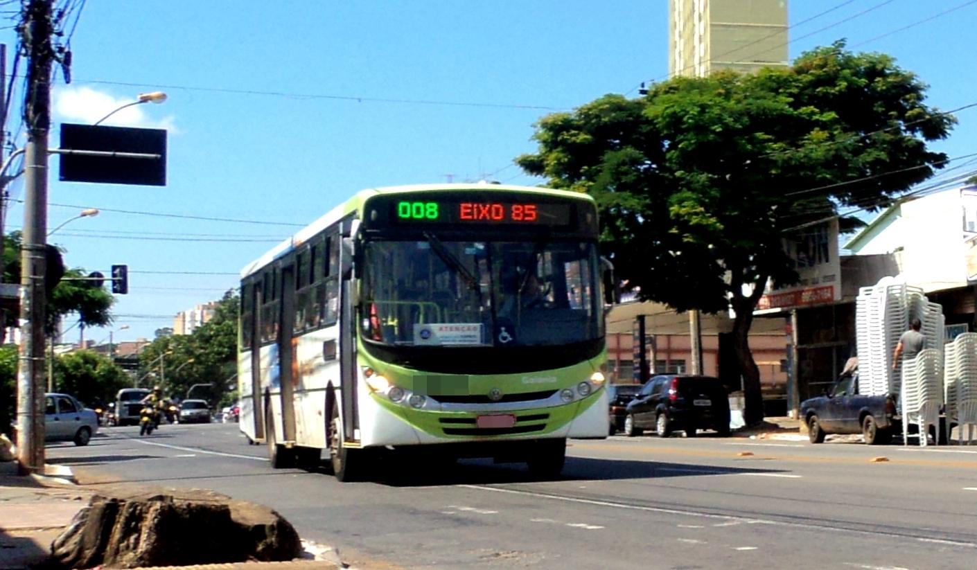 Linhas do transporte coletivo serão alteradas neste domingo para a Parada LGBT