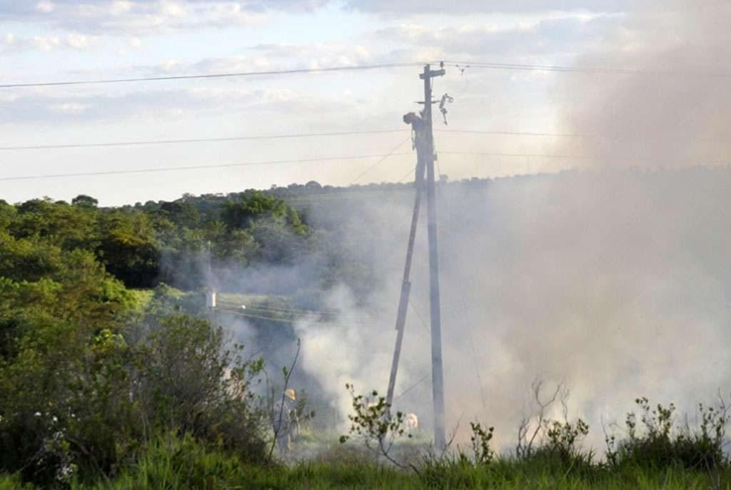 Operários morrem eletrocutados ao fazer reparos na rede elétrica em Mineiros