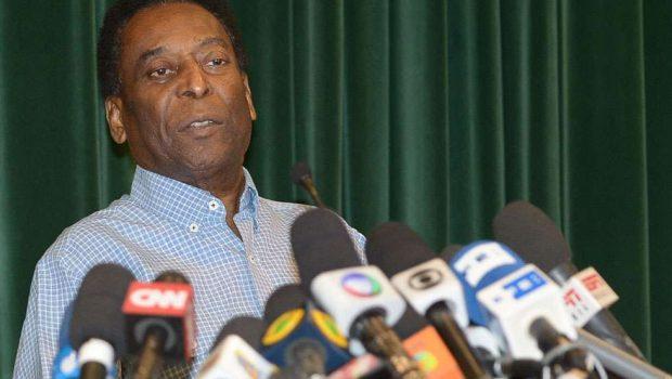 Após alta, Pelé diz que não teve medo de morrer