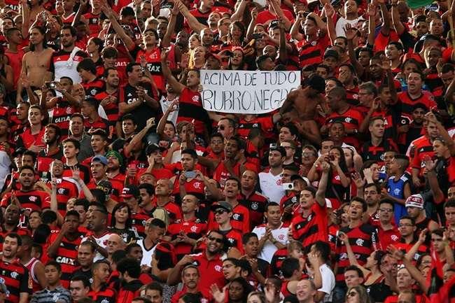 Torcida do Flamengo esgota ingressos e baterá recorde