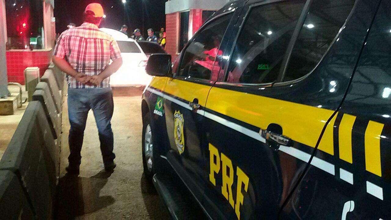 PRF recupera veículo furtado e prende receptador em Ipameri
