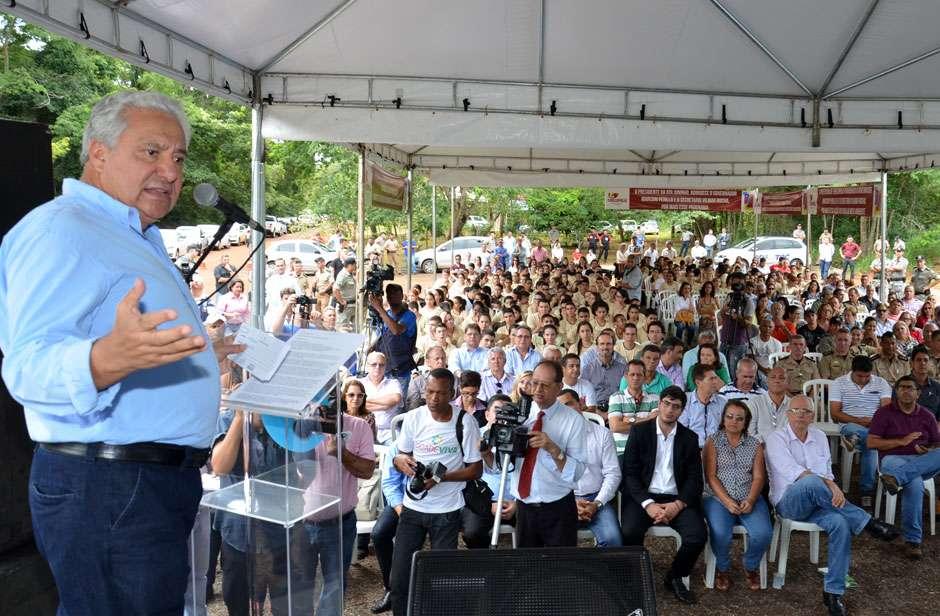 Vilmar Rocha anuncia terceirização dos 12 parques ambientais