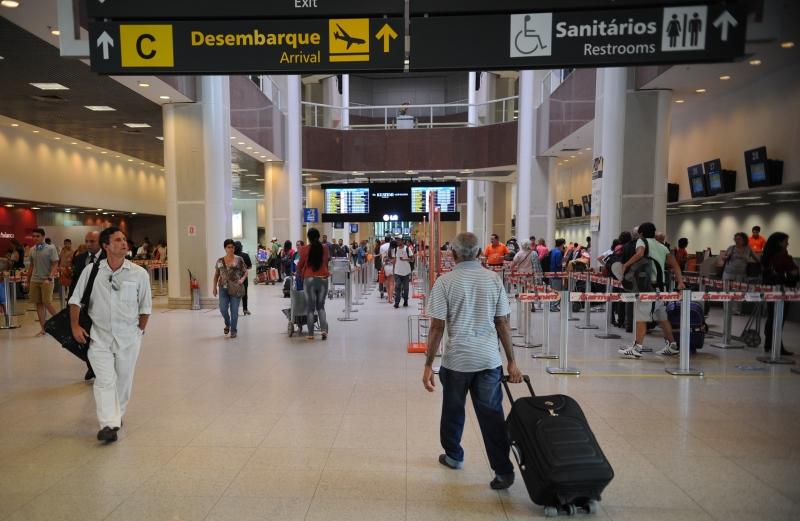 Aeroportos do país têm movimento tranquilo neste feriado