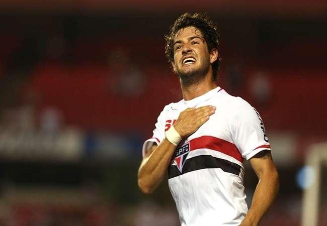São Paulo vence fora e abre vantagem na Copa do Brasil