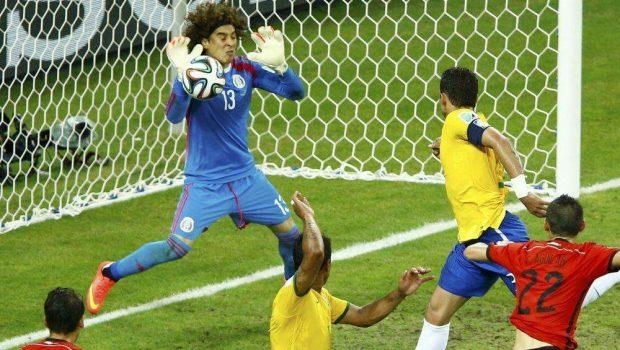 Ochoa para o Brasil e Seleção fica no empate com o México