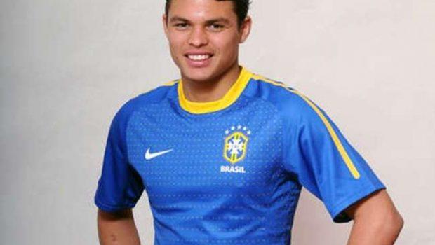 Thiago Silva para 1 mês e é 'baixa' da 1ª lista de Dunga