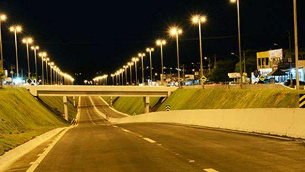 Iluminação chega a 146 quilômetros de rodovias goianas