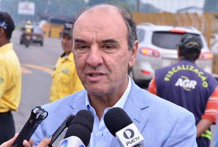 Diretor da Agetop é preso em operação do Ministério Público