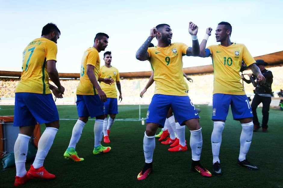 Brasil vence Japão e aproveita bem o seu único teste antes de buscar inédito ouro