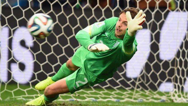 Holanda troca goleiros e bate Costa Rica nos pênaltis