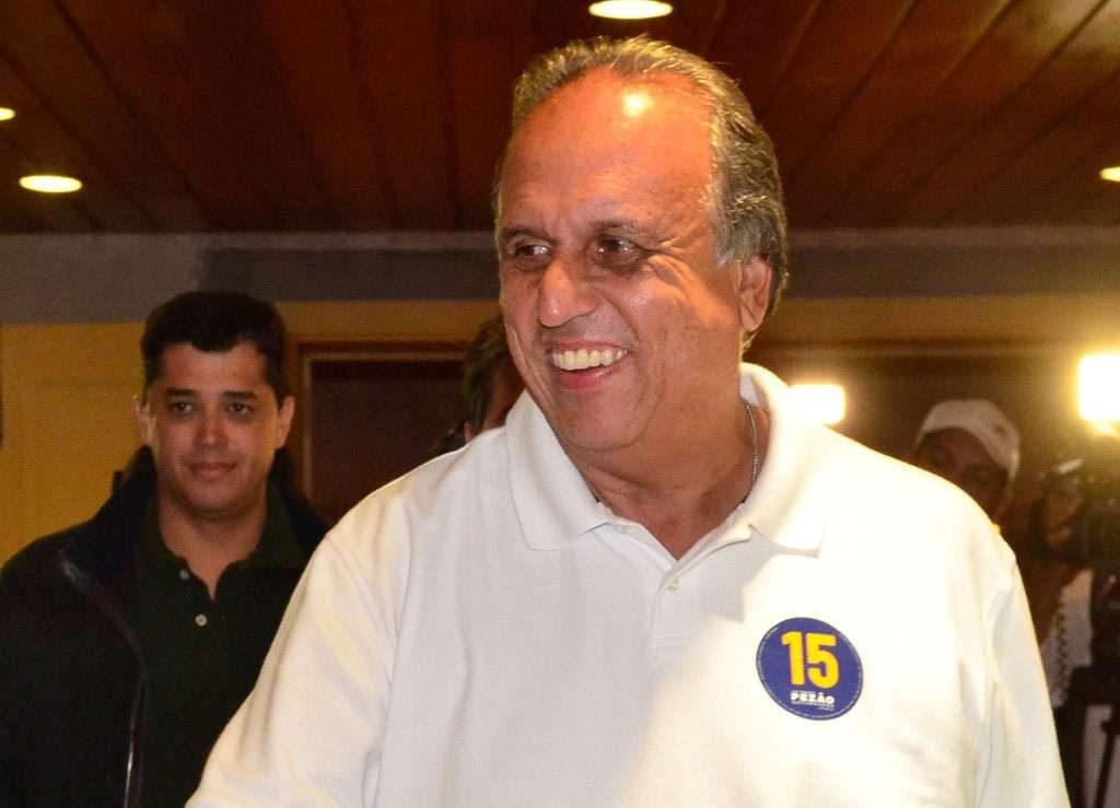 Pezão é reeleito com pelo menos 55% dos votos válidos