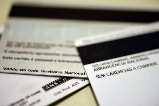 ANS suspende a venda de 73 planos de saúde de 15 operadoras