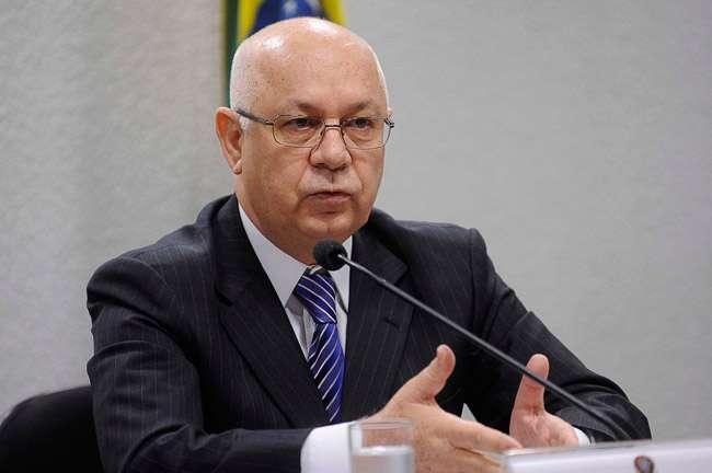 Ministro do STF prorroga por 60 dias investigação sobre políticos