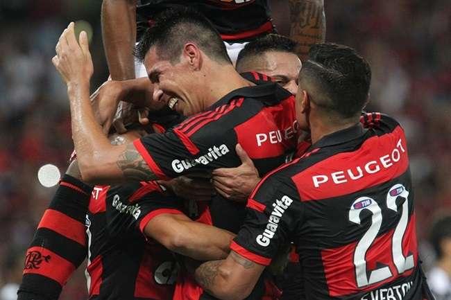 Flamengo faz 2 a 0 no Atlético-MG na primeira semifinal