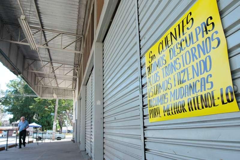 Vigilância Sanitária fecha unidade do Bretas em Goiânia