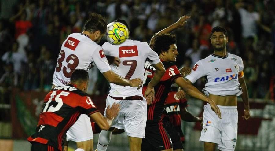 Presidente do Fluminense diz que vai pedir anulação de jogo contra Flamengo