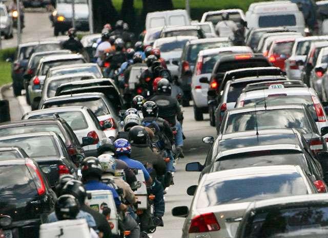 Brasileiro anda cada vez menos de ônibus, diz associação de transportes
