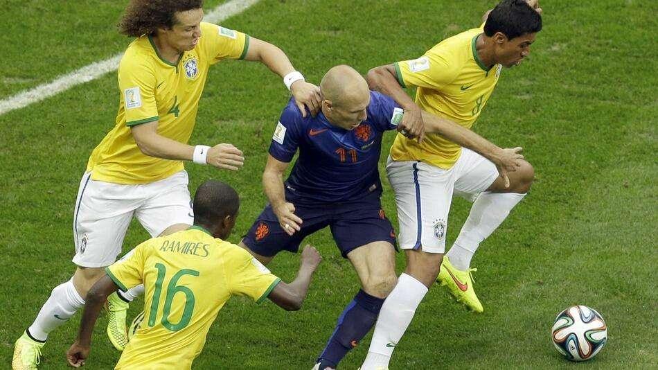 Brasil toma 3 gols e perde terceiro lugar para a Holanda