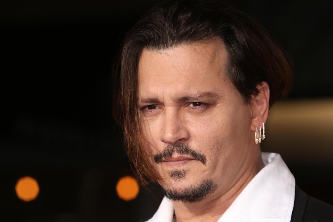 Johnny Depp irá viver investigador das mortes de Tupac e B.I.G.