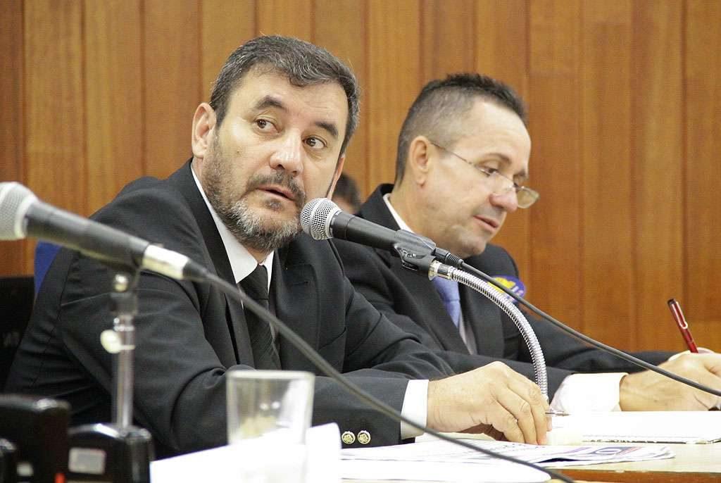Durante audiência sobre reajuste do IPTU, Clécio Alves criticou governador