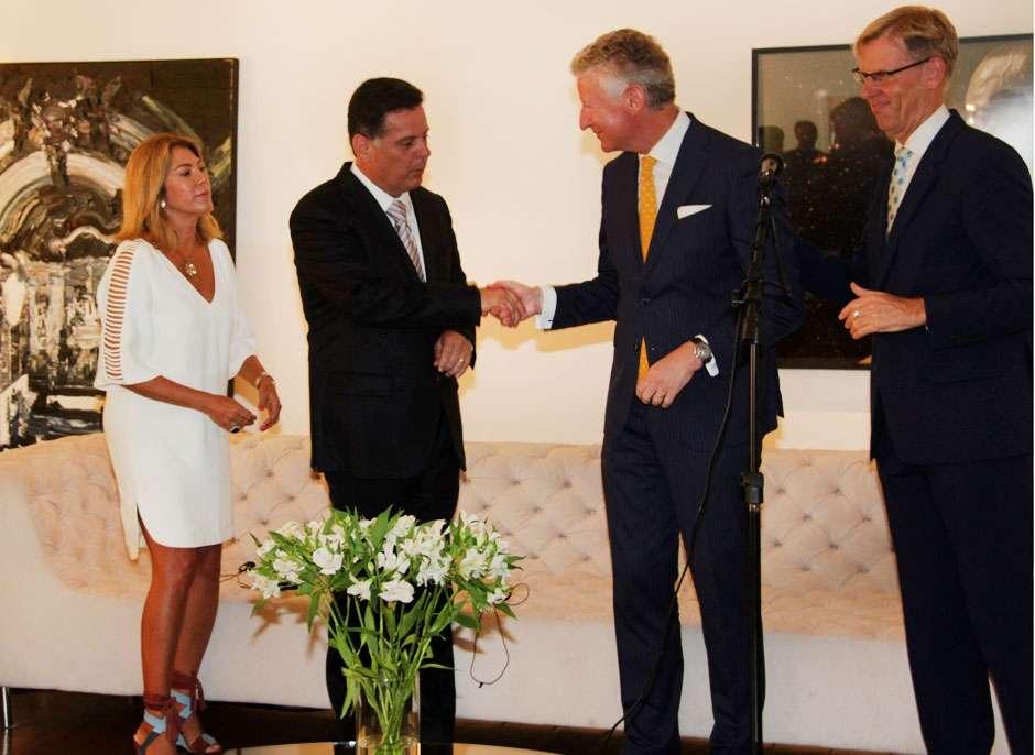 Marconi amplia relações internacionais goianas, na Embaixada de Bélgica