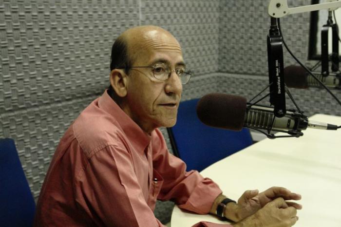 Deputado Rubens Otoni considerou um exagero a prisão de José Dirceu