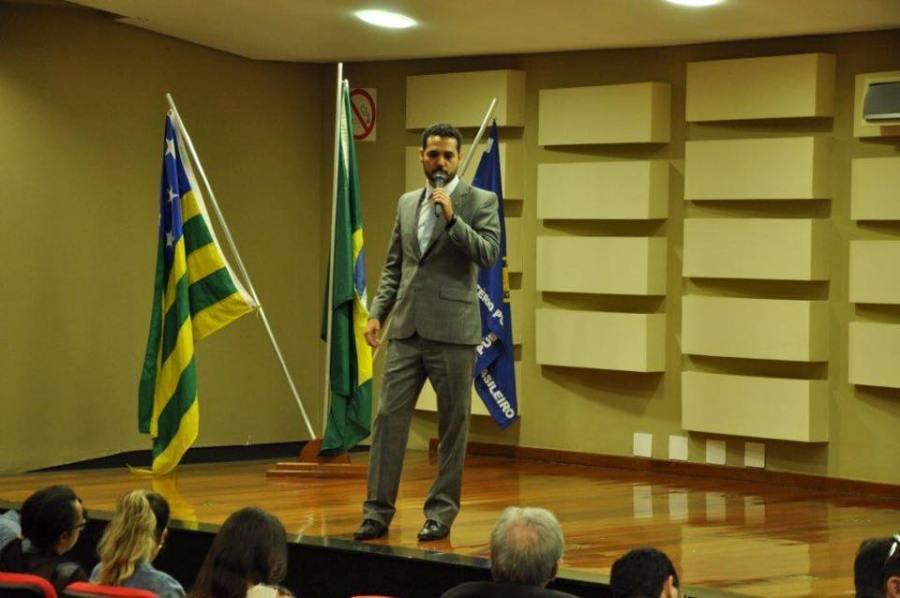 Médicos peritos do INSS têm mais de R$ 7,5 milhões bloqueados em decisão liminar por improbidade administrativa