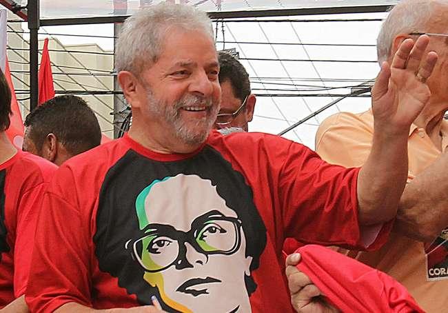 Militares criticam atitude de Lula e o chamam de agitador