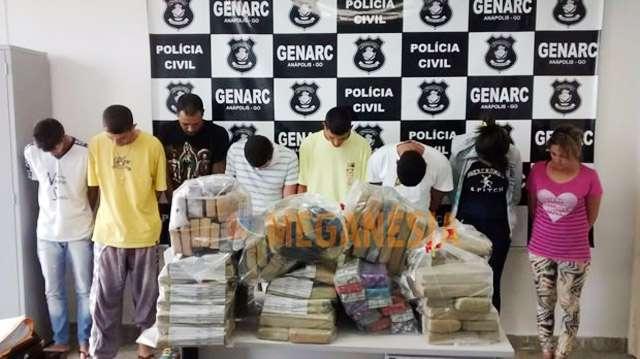 Polícia prende dez pessoas em operação contra o tráfico de drogas em Anápolis