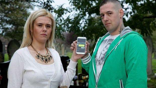 Britânica manda mensagem de celular para avó morta e recebe resposta