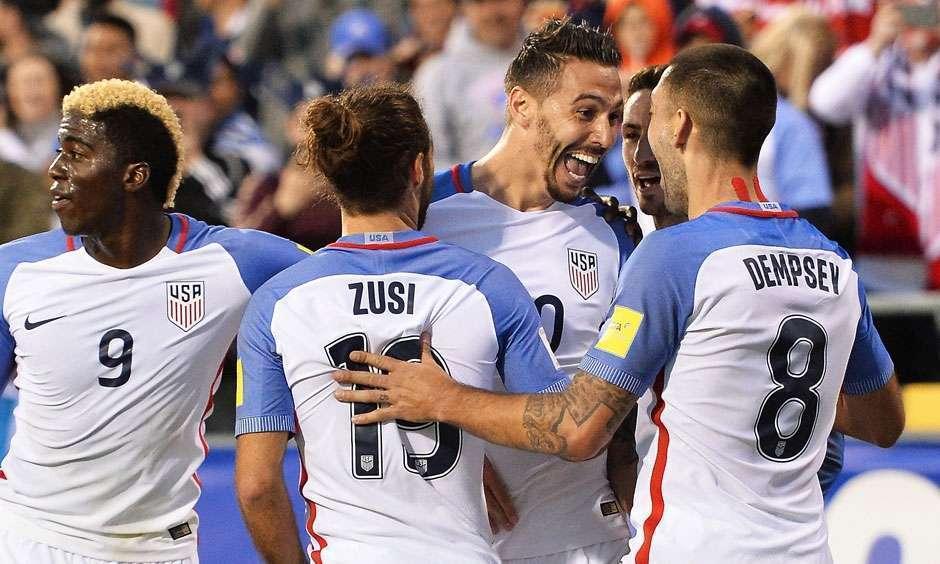 Estados Unidos vencem Guatemala e voltam à zona de classificação