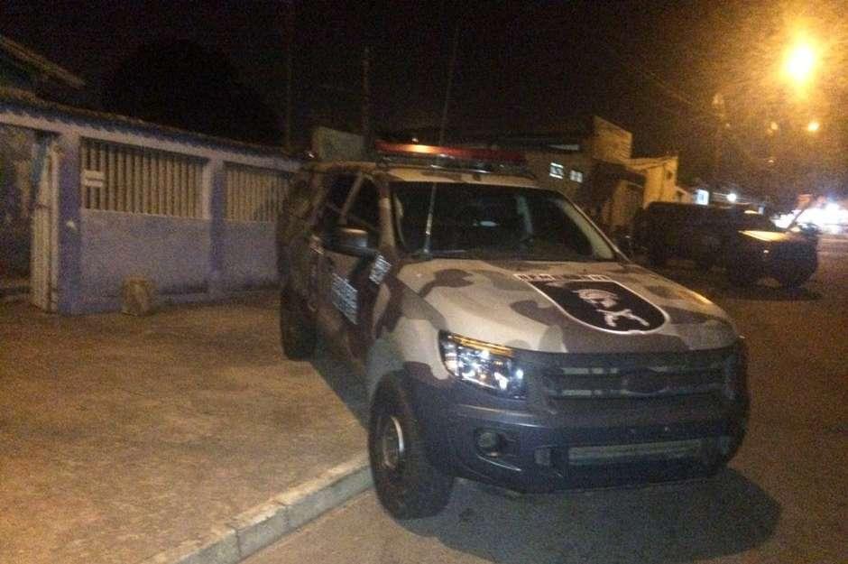 Suspeito de tráfico é morto em confronto com a PM no Jardim Novo Mundo