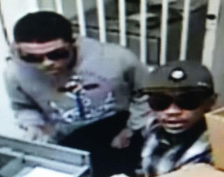 Divulgadas imagens de bandidos que assaltaram agência da Caixa Econômica, em Goiânia