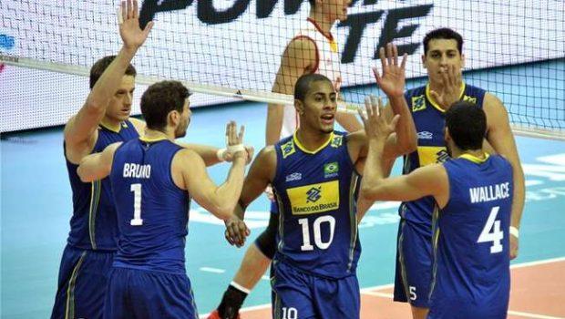 Brasil vence e fica perto de avançar no Mundial de Vôlei