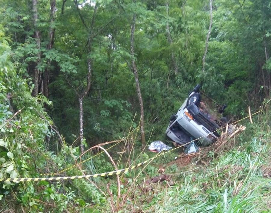 Ex-prefeito de Carmo do Rio Verde morre após capotar carro na GO-154