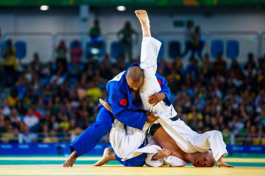 Após manhã de gala, Brasil garante três medalhas no judô dos Jogos Paralímpicos
