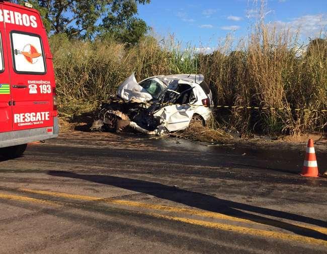 Três pessoas morrem em colisão na GO-070, próximo a Itaberaí